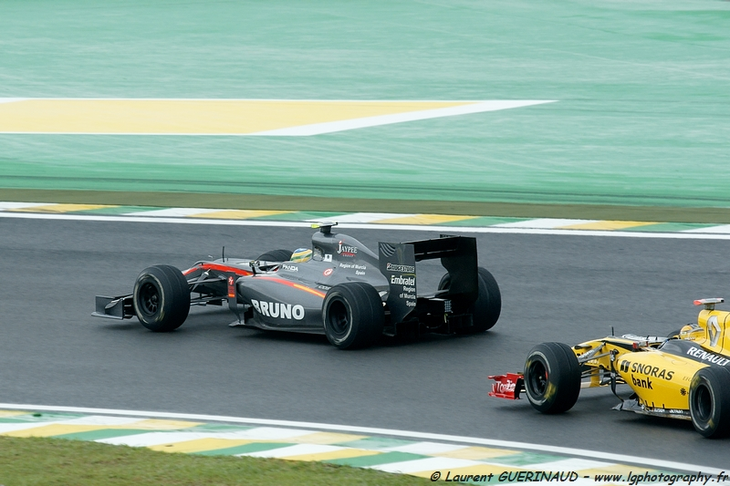 Bruno Senna & Robert Kubica - Grand Prix do Brasil de Formula 1 em Interlagos - novembro de 2010, por Laurent GUERINAUD